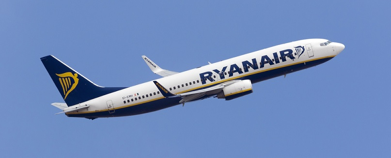 Ryanair: Customer Service Contact Number - 0843 208 1756