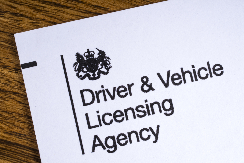 change driving test date dvla UK